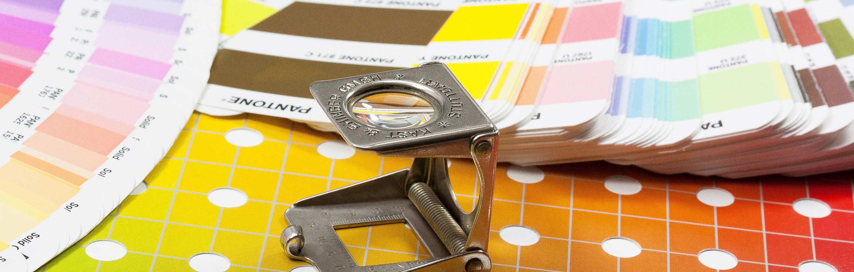Drucksachen von Visitenkarten über Briefpapier und Großformatdruck bis hin zum Flyer